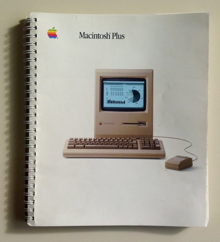 Photo of cover of Macintosh Plus user's guide